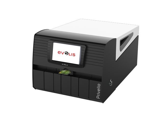 privelio-printer-of-evolis-side-view-with-a-card